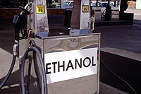 Ethanol Pump, courtesy of Warren Gretz, DOE/NREL
